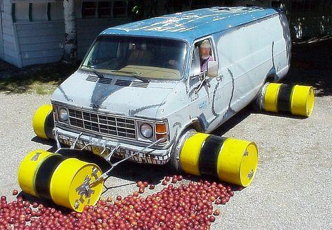 zumo_de_manzana_furgoneta