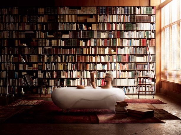 Amazing-Bath-tub-Concept-in-Home-Library-Lixil-Milano