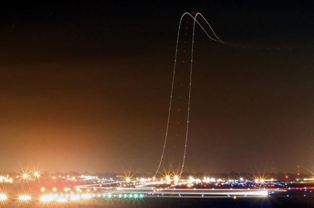 long-exposure-airplane132