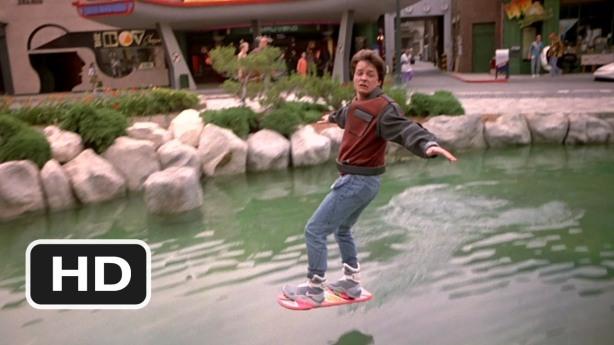Pràcticament l'únic espectacle que li falta muntar al J Fox es anar amb aero-skate al mig d'un judici.
