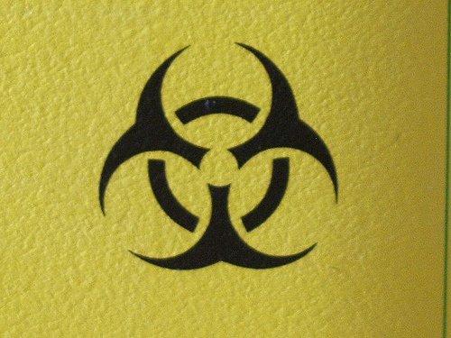 La seva foto de perfil el símbol de perill biològic perquè es un terrorista al servei de l'eix del mal.