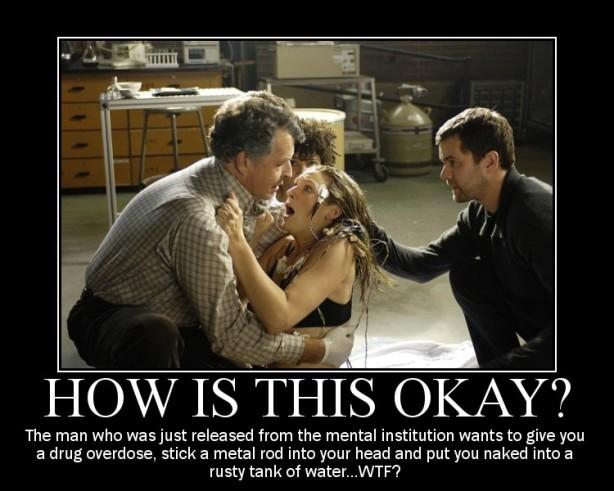 Qui no posaria la seva vida en mans d'un boig que acaba de sortir d'un psiquiàtric? A Fringe es lo habitual.